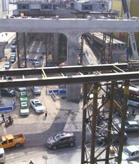 成都二环路钢结构高架桥施工现场
