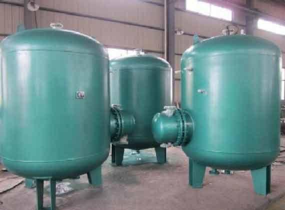 水加热器设备选择及其特点
