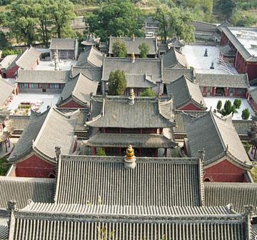在线 西方/试论北京四合院的建筑特色