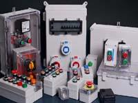 16D303-3常用水泵控制电路图
