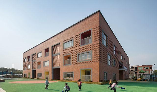 方圆之间:新南幼儿园 / 牛津