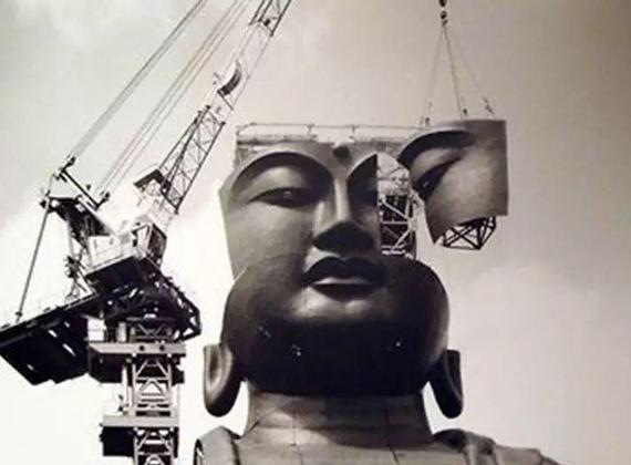 皮与骨-世界巨型雕像