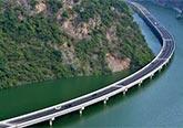 世界最惊艳的水上公路