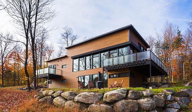 加拿大劳伦之家 / BONE Structure